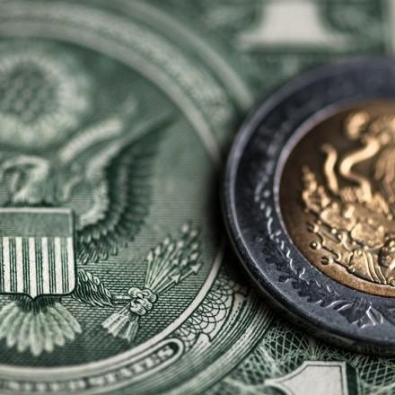 Peso cae 26% en primer trimestre de 2020 por crisis del coronavirus
